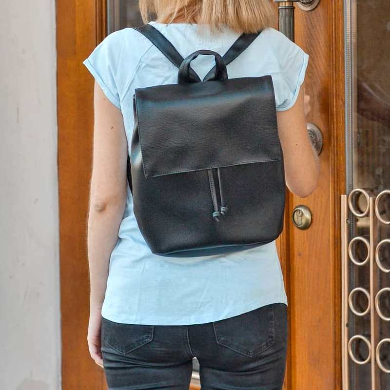 Черный рюкзак ручной работы PP-02-1